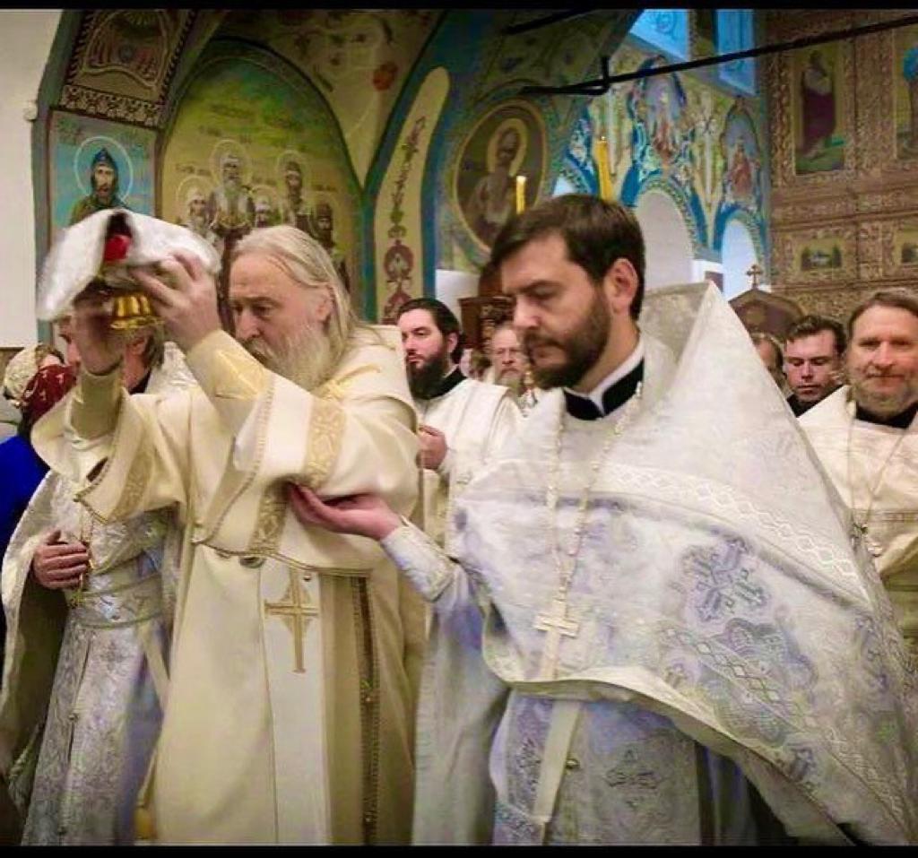 Настоятель нашего храма принял участие в Великом освящении Покровского храма